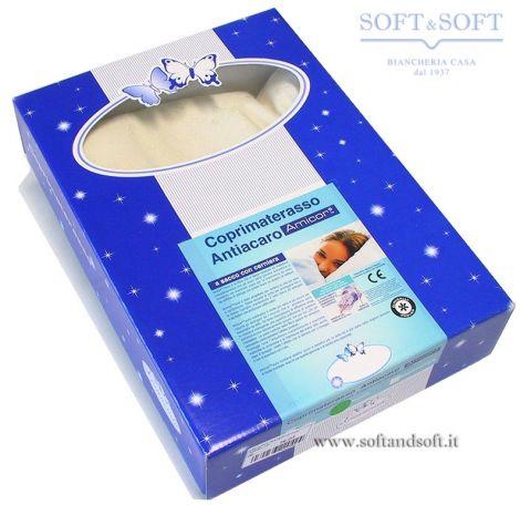 Coprimaterasso matrimoniale antiacaro realizzato con tessuto amicor, confezionato in una scatola rigida blu