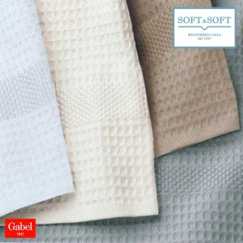 GOLF Plain-coloured honeycomb towel set by Gabel