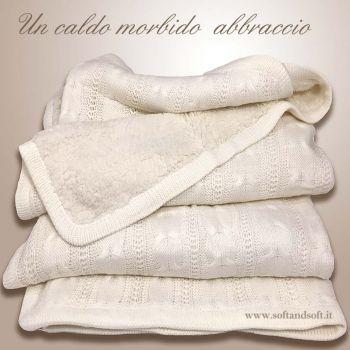plaid lana in maglia colore panna doppiato in pelliccia angellata