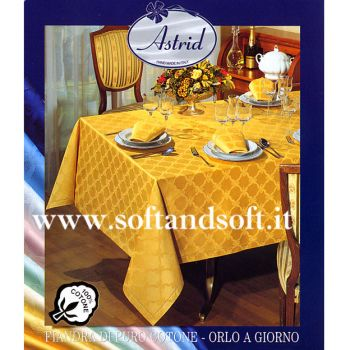 ROMINA Satin Tablecloth for 8 - square