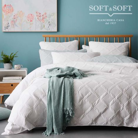 FOREVER Quilted Bedcover Double Bed Size cm 260x260
