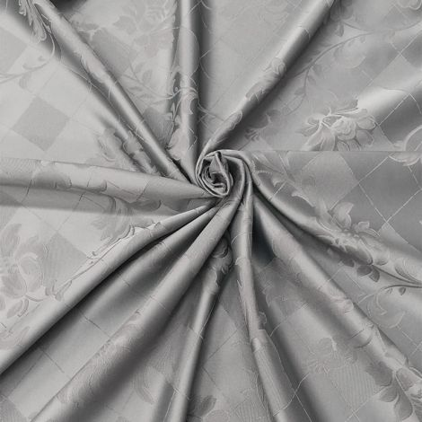 TAILOR-MADE ROUND TABLE CLOTHS