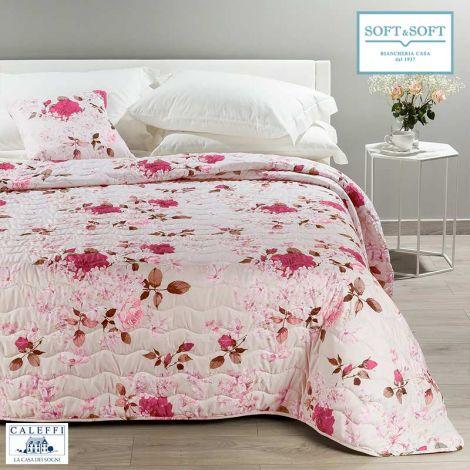 trapuntino copriletto primaverile trapuntato stampa floreale sui toni del rosa e bordeaux